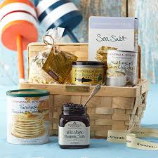 maine gift baskets taste of maine gift as maine ahs we knew what to put