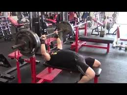 How To Bench Press Alone - how to safely bench press heavy alone without a spotter