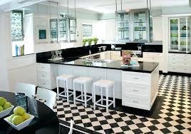 cuisine noir et blanche carrelage cuisine blanc et noir cuisine style carrelage mural blanc