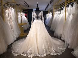 robe de mari e de princesse de luxe de luxe a ligne dentelle robes de mariée avec les trains tribunal