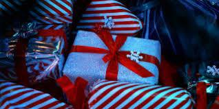 aldi s diy bauble decorating kit is back aldi special buys