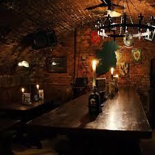 si e auto castle castle pub