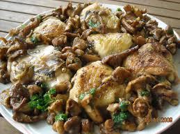 cuisiner des girolles poulet aux girolles les recettes de