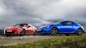 subaru brz white black rims coupe of the year gt86 vs brz