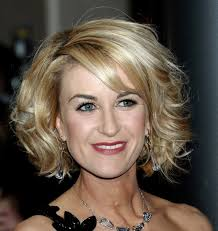 haircuts with bangs for middle age women hairstyles for middle aged women with oval faces general
