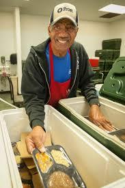 thanksgiving inspires many to volunteer houston chronicle