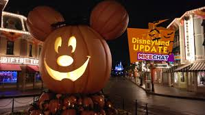 halloween usa micechat dateline disneyland disneyland features disneyland