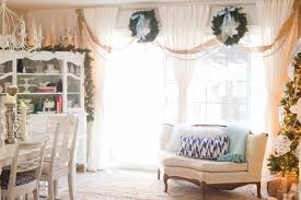 domestic fashionista natural and white christmas dining room