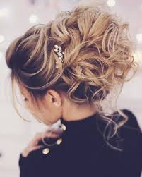 25 unique messy updo hairstyles ideas on pinterest braid bun