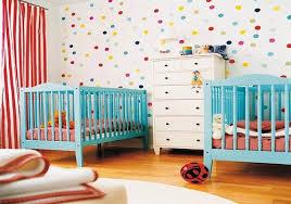 chambre de bébé jumeaux décoration chambre bébé jumeaux bébé et décoration chambre bébé