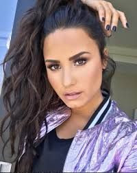 best hair color for a hispanic women with dark roots 17 latina celebs who rock their natural hair color latina