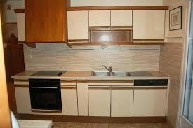 repeindre des meubles de cuisine en stratifié peinture meuble cuisine stratifie repeindre un meuble avec la