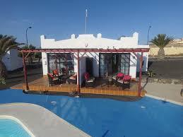 1 bedroom poolside luxury bungalows caleta de fuste