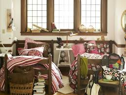 dorm room decorating must know tips from college students