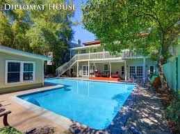 savannah georgia vacation rentals diplomat extpool1 1 jpg