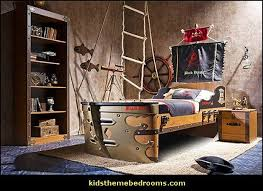 nautical theme room best 25 pirate themed bedrooms ideas on pinterest pirate
