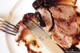 cuisiner poitrine de porc l aoc patrimonio d yves leccia avec une poitrine de porc confite