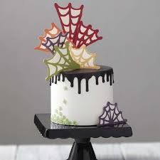 Mini Halloween Cakes by Halloween Decorating Ideas Wilton