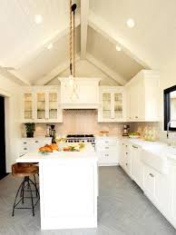 Farmhouse Kitchen Design by Beautiful Ideas White Farmhouse Kitchen Design White Farmhouse