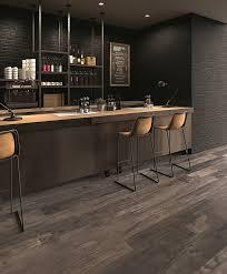carrelage imitation parquet cuisine carrelage imitation parquet bois marin en promotion essentiels par