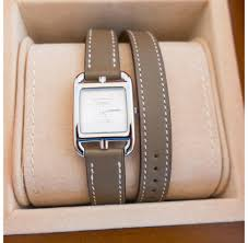 hermes etoupe cape cod pm double tour watch classic gift below
