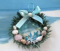 Christmas Wreaths Decorated With Seashells by 73 Best Christmas Down By The Sea Images On Pinterest Nautical