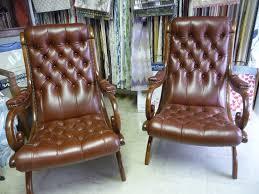 restaurer canapé cuir restauration de fauteuil canapé cuir tapissier décorateur hervé