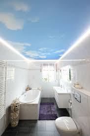 deckenle für badezimmer fotodecke mit led stripes plameco decken fachbetrieb michael bär