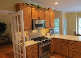 gray kitchen walls with oak cabinets kitchen design pictures thin yellow wall painted square varnished