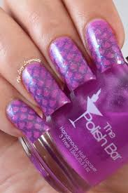 guest post from the lazy laquerista iridescent fish scale nail