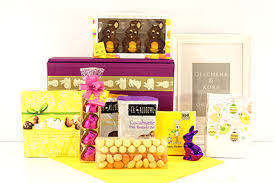 Easter Gift Baskets Easter Gift Baskets U0026 Hopping Gifts For Europe