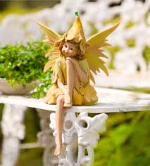 stunningly accessories sitting thumbelina ornament in colour yellow and