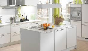 cout cuisine equipee prix cuisine en l marque cuisine equipee meubles rangement