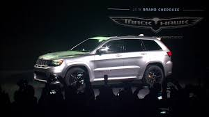 jeep grand cherokee 2018 2018 jeep grand cherokee trackhawk reveal highlights youtube