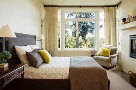 small master bedroom decorating ideas small master bedroom home design ideas murphysblackbartplayers