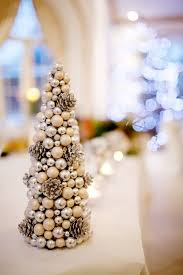 How To Make Centerpieces For Wedding Reception by The 25 Best Christmas Wedding Centerpieces Ideas On Pinterest