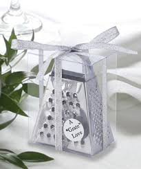 awesome wedding favors how to give wedding favors wedding favors