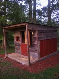 free small chicken coop plans that looks like a barn finest