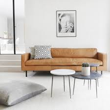 home decorators gordon sofa de gordon cognac lederen sofa van furnified is ontzettend stoer