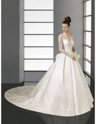 brautkleid mit langen ã rmeln 115 best images about the dress on beading satin and
