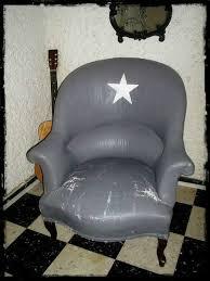 peinture tissu canapé peindre un fauteuil crapaud diy fauteuil crapaud
