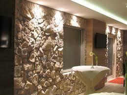 steinwand wohnzimmer platten innenarchitektur kühles schönes wohnzimmer steine herausragende