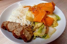 cuisiner du choux chinois chou chinois et carottes poêlés miam miam bidou
