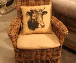 country chic decor is perfect for mixing and matching