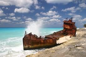 pmy s throwing down in bimini power motoryacht