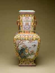 Chinese Vases History File Chinese Vase With Flowers Of The Four Seasons Walters
