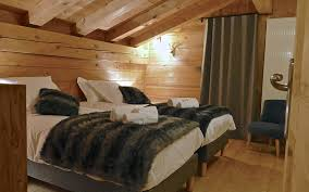 am ager chambre 8m2 location chalet les 3 cimes blanches chamonix the chalet in winter
