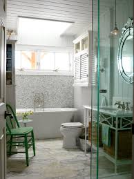 Hgtv Bathroom Design by 10 Yellow Bathroom Ideas Hgtv U0027s Decorating U0026 Design Blog Hgtv