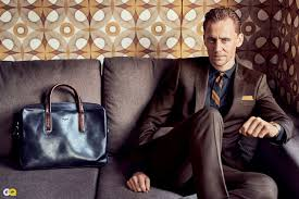 tom hiddleston explains his u0027i heart t s u0027 shirt finally