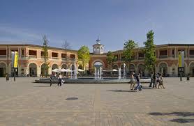 designer outlet italien top 3 outlet malls in italy